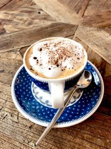 Caffè produce adrenalina